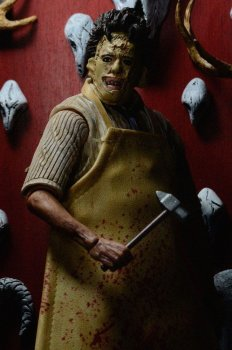 Texas Chainsaw Massacre Retro Actionfigur 40th Anniversary Ultimate Leatherface 18 cm